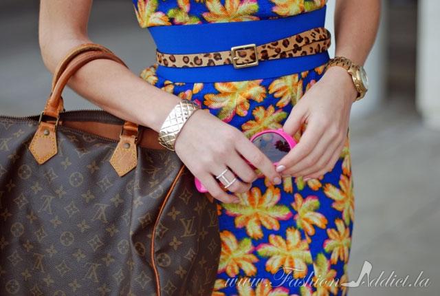 Blue orange pink yellow