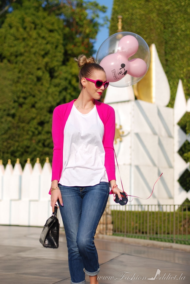 what to wear to Disneyland in february